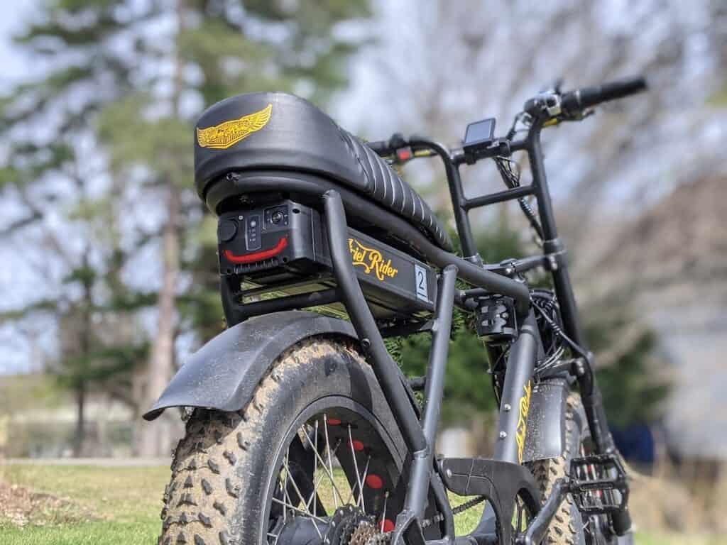 Ariel Rider D Class rear battery